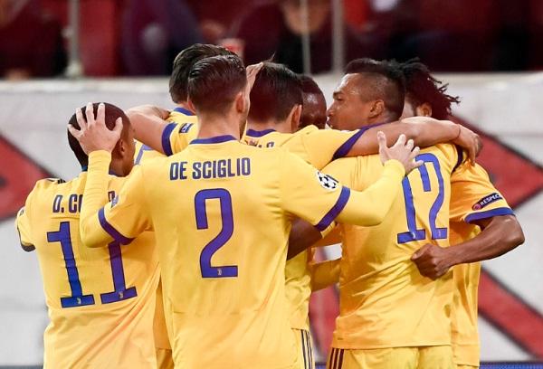 Olympiacos 0-2 Juventus: Tấm vé dễ dàng