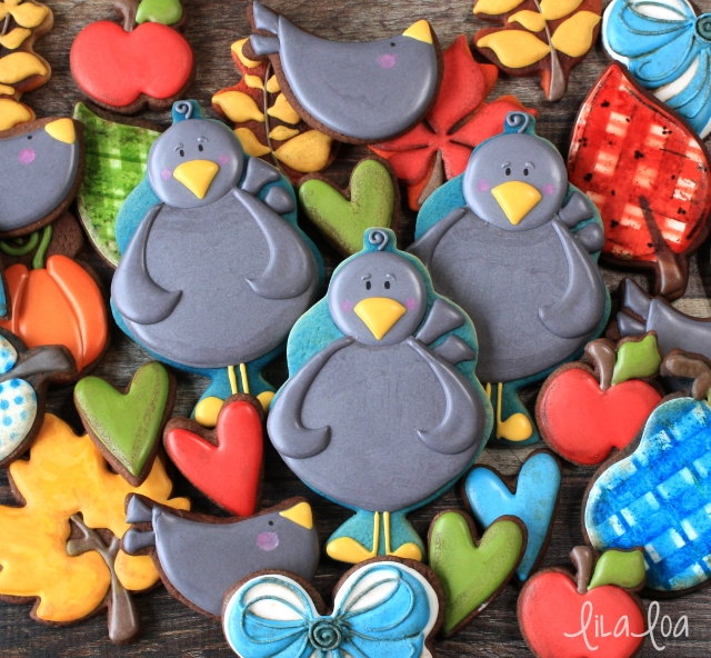 Learn how to make decorated blackbird sugar cookies