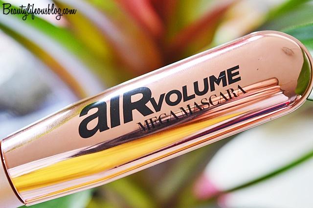 In diesem Beitrag geht es nämlich um meine Erfahrung mit der Air Volume Mega Mascara von L'Oréal Paris.