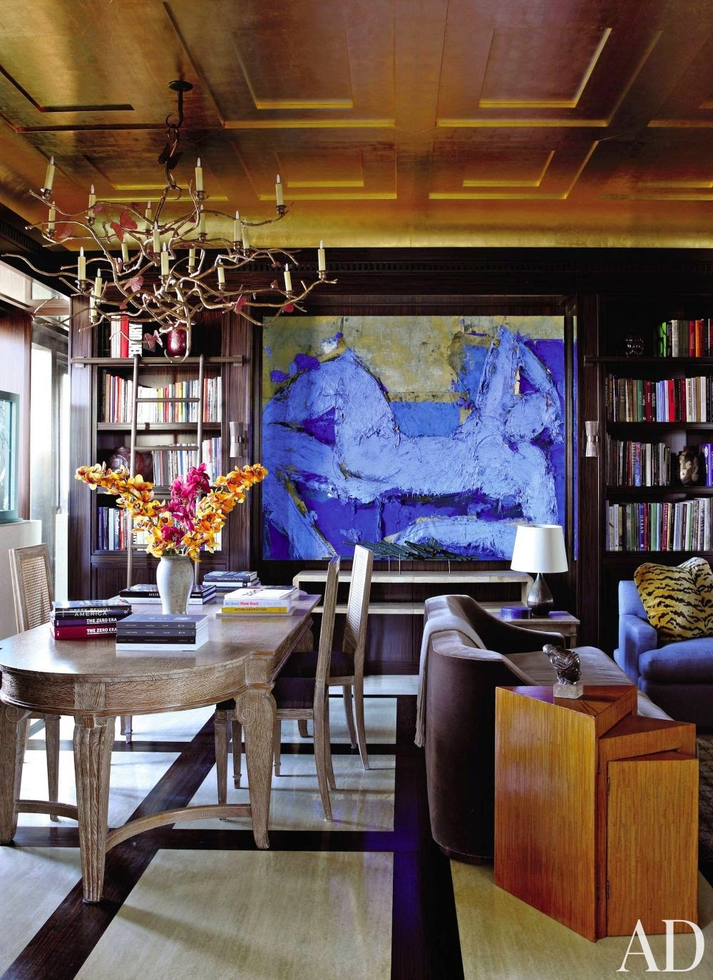 The most beautiful home librarie with gold ceiling and black walls  via belle vivir