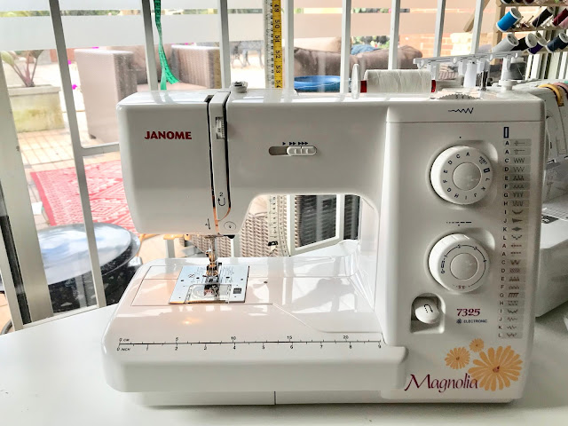 Review of the Janome Magnolia 7325 sewing machine.
