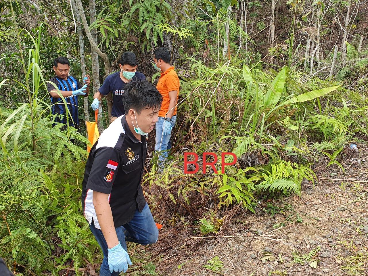 Mayat Tanpa Identitas ditemukan Membusuk di Pingir Jalan Tewah-Sumur Mas