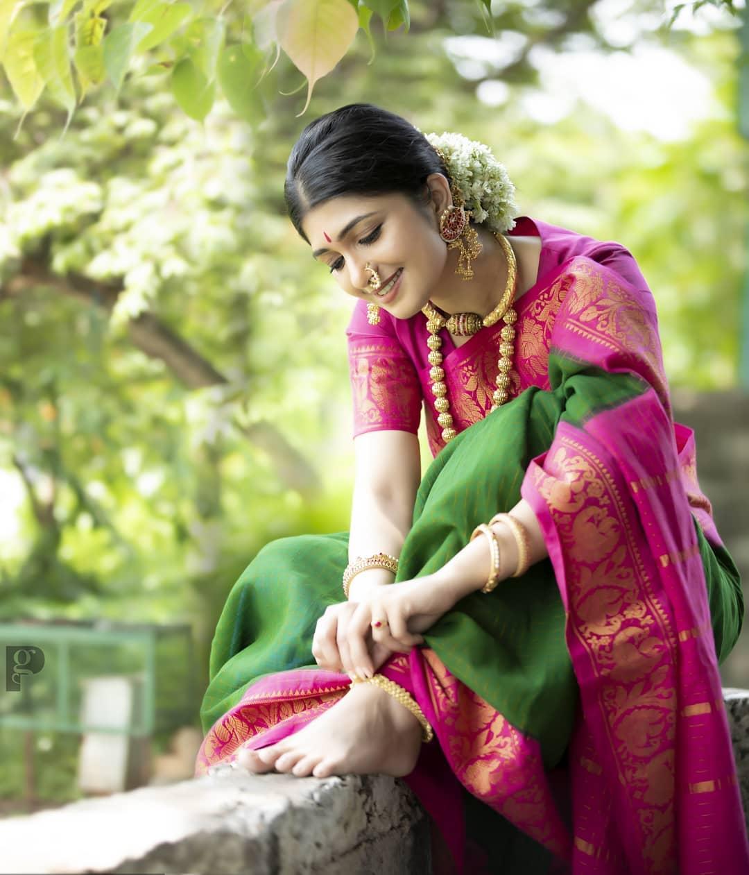 Sandalwood beauty Aditi Prabhudeva' stunning Photo Gallery! 11
