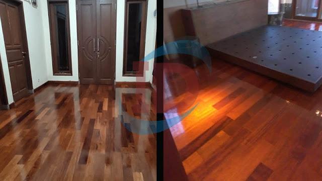 Pemasangan lantai kayu merbau