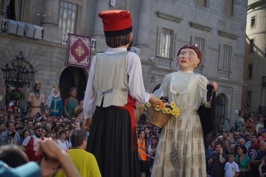 巨大人形のダンス (Mati Gegant.XXII Mostra de balls de gegants i Passada de nans i gegants)