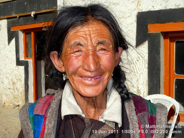 people, portrait, street portrait, headshot, Spangmik, Pangong Lake, Northern India, Ladakh, old Ladakhi woman, goncha, Facing the World, © Matt Hahnewald