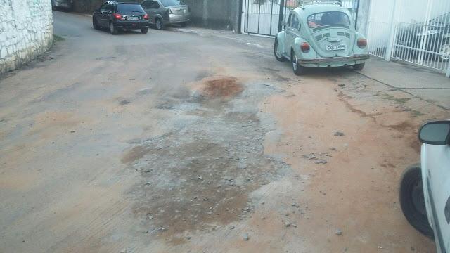 Embasa deixa buraco tamanho G na Rua Maragogipe