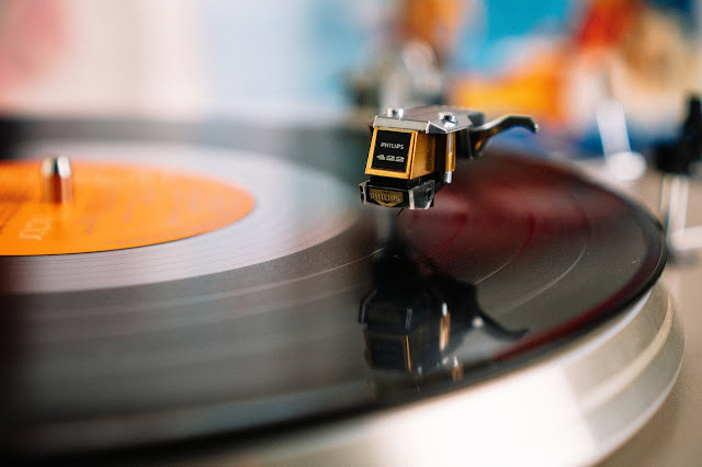 Alat memutar music