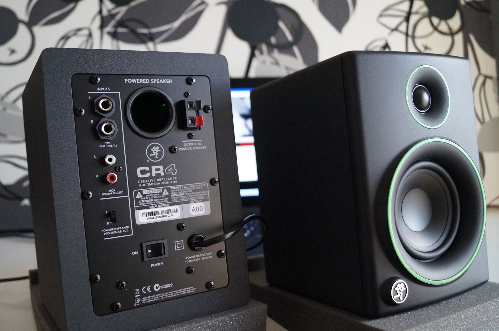 Mackie Cr4 Or Edifier R1700bt Budget Speakers Comparison