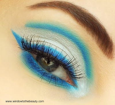 Coloured Raine Vivid Pigments blue makeup tutorial