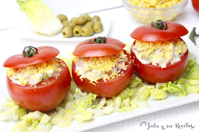 Tomates rellenos de atún. Julia y sus recetas