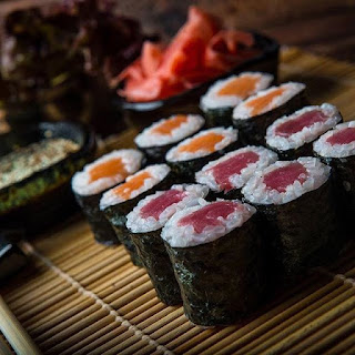 Hoso Maki Salmon Tuna ဆူရှီ