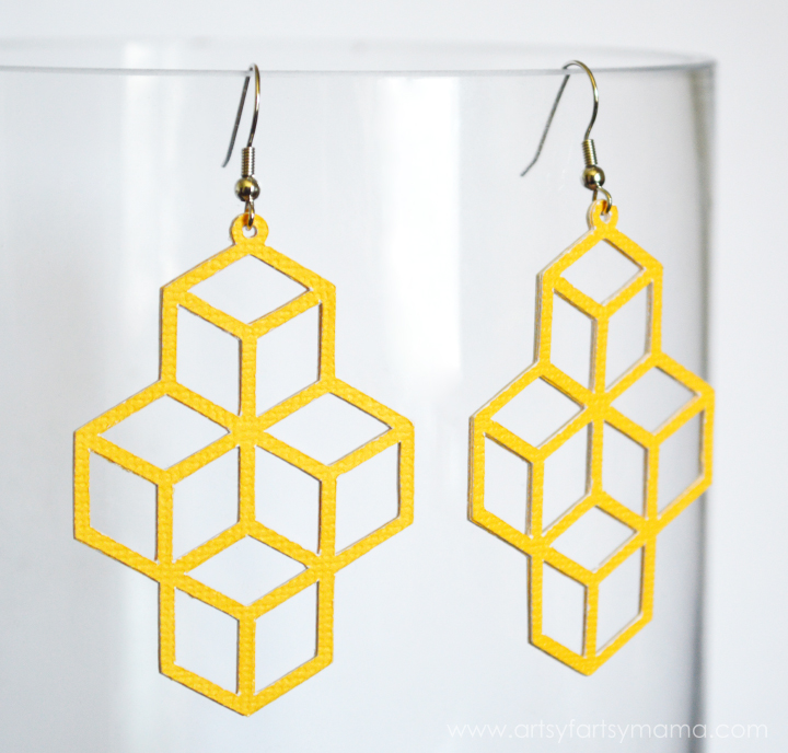 DIY Geometric Earrings at artsyfartsymama.com #paper #diyjewelry #ExploreCricut