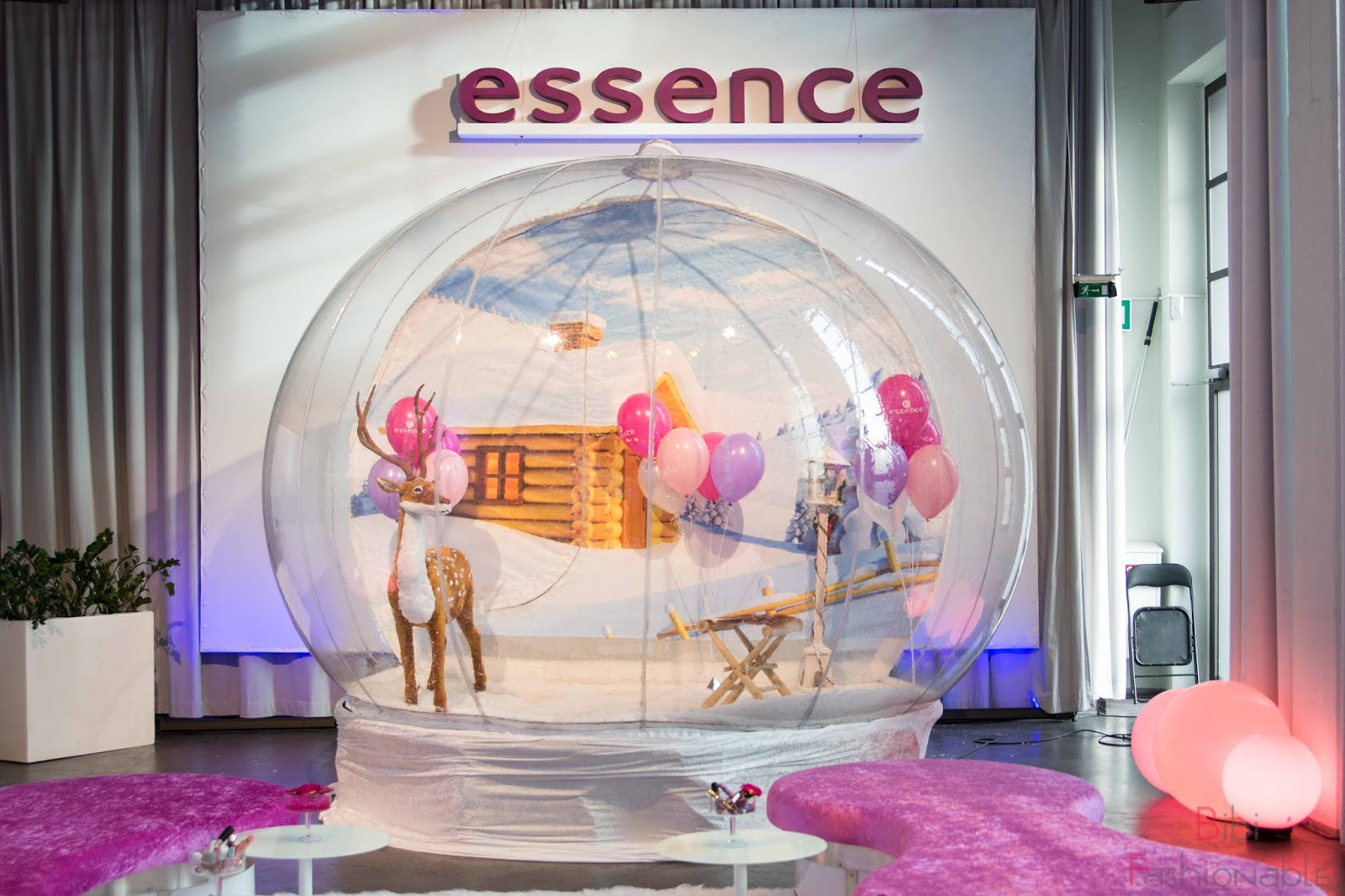 essence event köln spring summer 2017 schneekugel