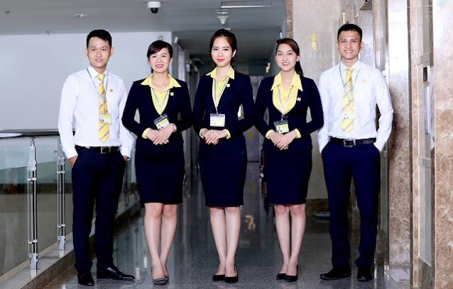 Đồng phục công sở đang được sử dụng phổ biến tại nhiều công ty, doanh nghiệp