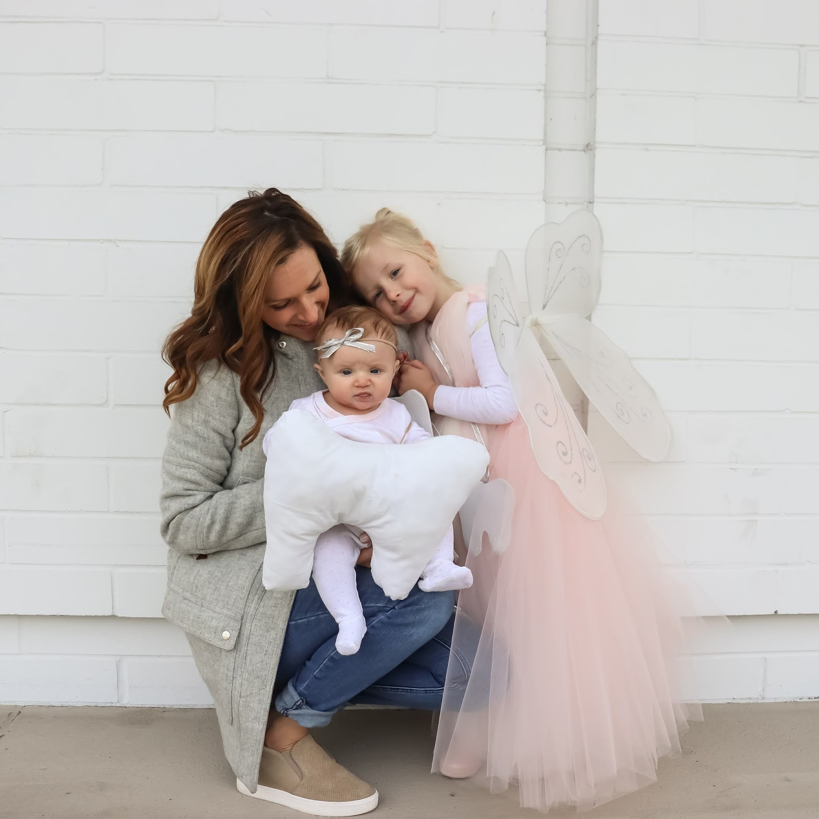 DIY tooth fairy costume and baby tooth