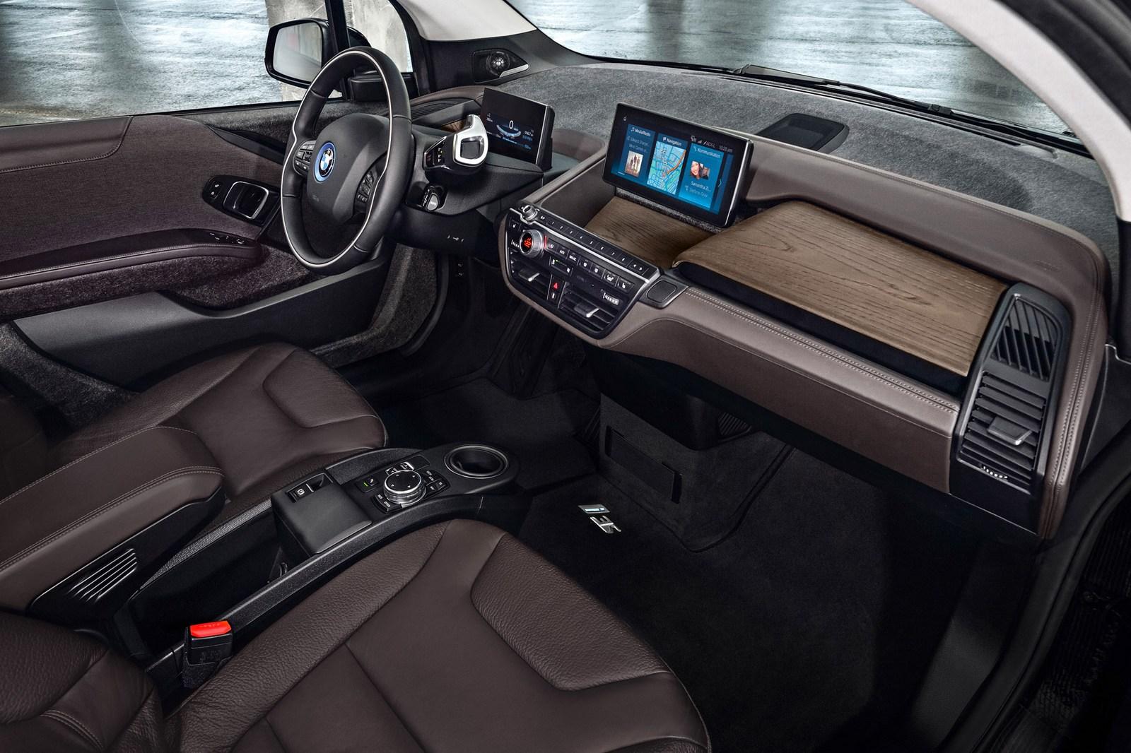 2018-BMW-i3S-28