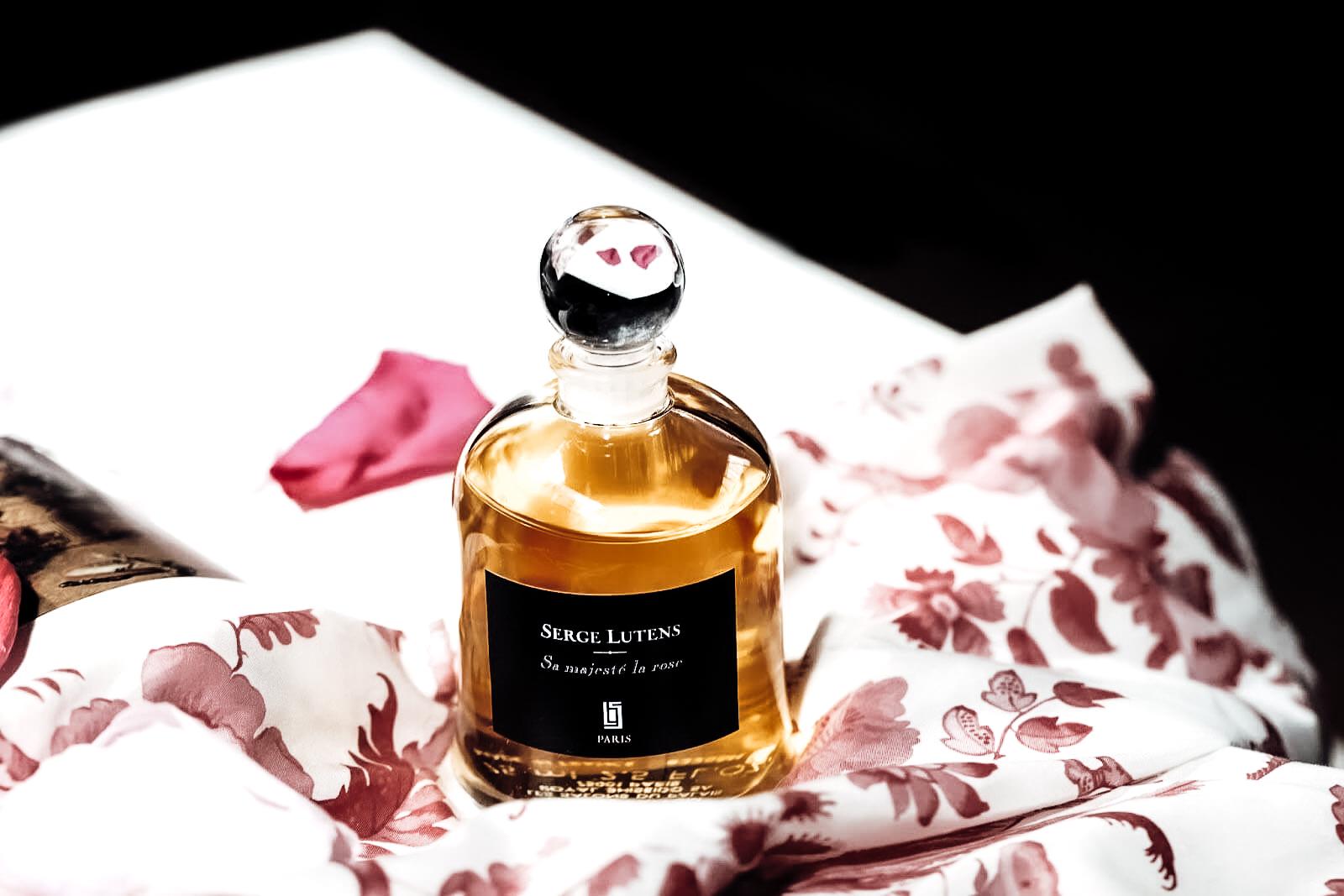 Sa Majeste La Rose Serge Lutens  parfum