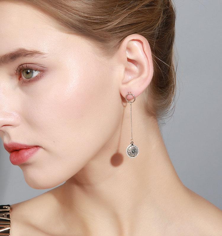 文藝復古風鋯石耳環