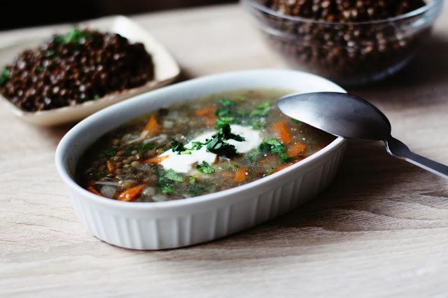 Zupa z brązowej soczewicy a'la krupnik