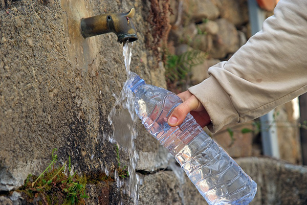 Why Bottled Water is Destroying our Environment