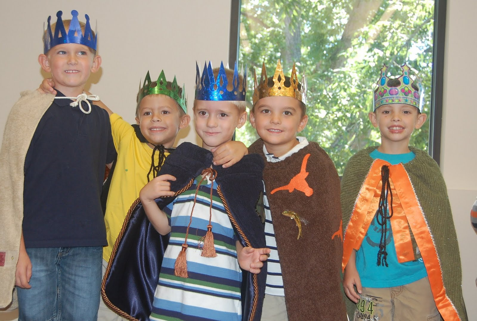 Maurer Party Of Five Kindergarten Royalty