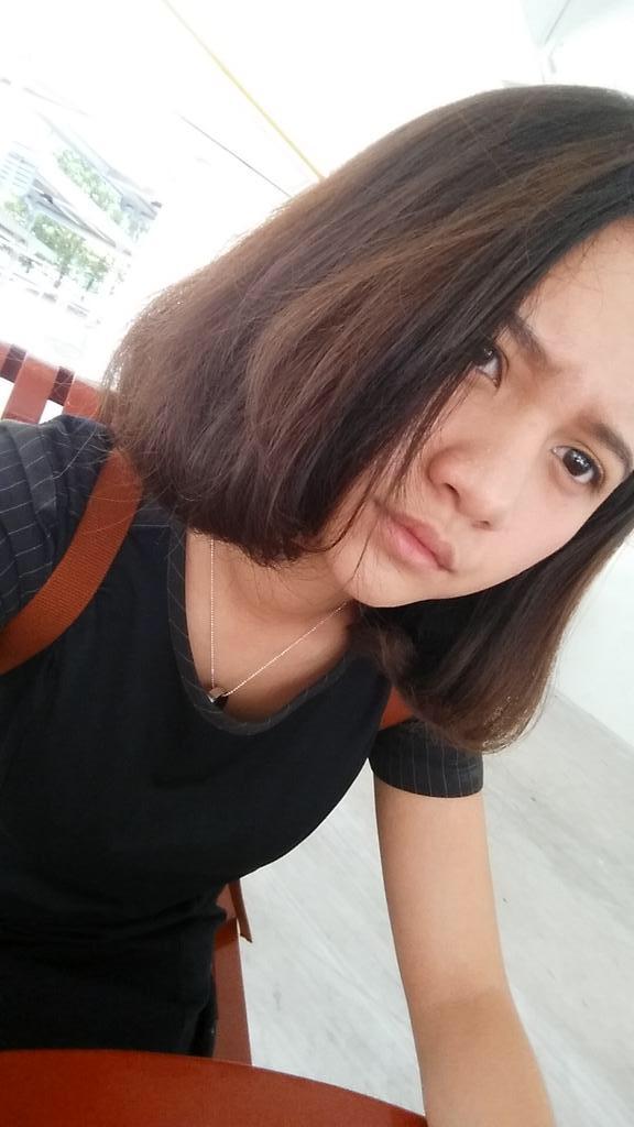 Abg Cantik Kesepian Selfie Mau Minta Entot 2017