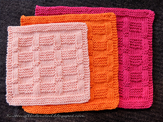 Garter Blocks Knitted Dischloth Pattern. Skill Level: Easy.