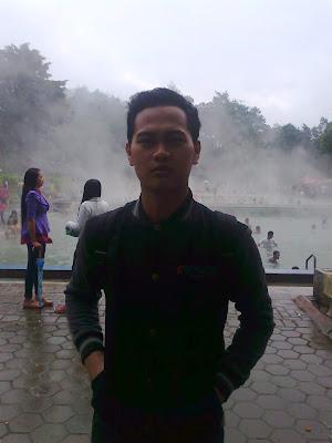 Touring Ke Kawah Putih Bandung pemandian air panas