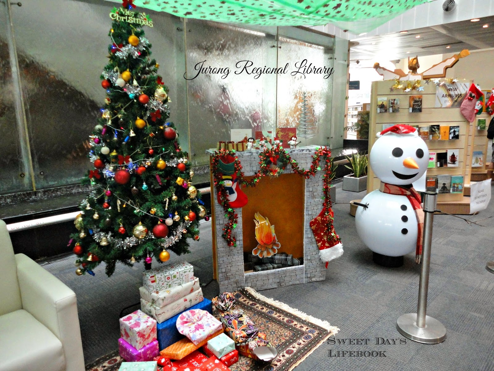 Sweet Day's Lifebook: Christmas decorations at the libraries - photo#48