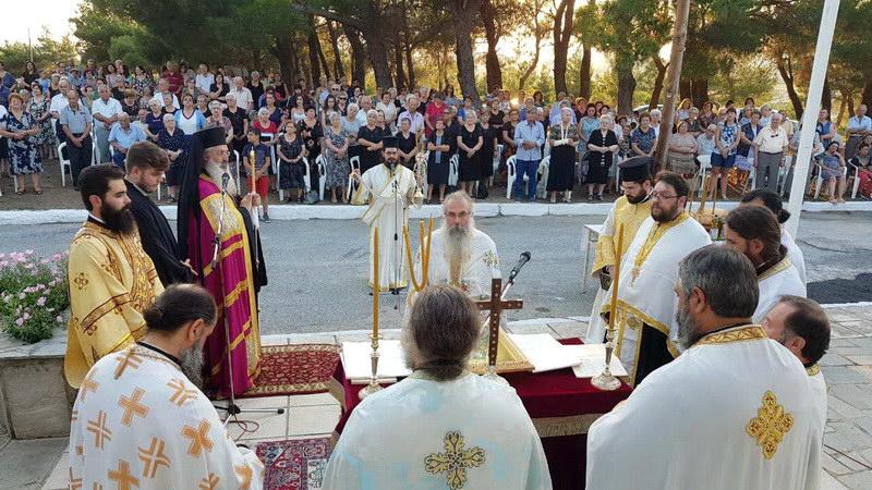 Μέγας Αρχιερατικός Εσπερινός στο παρεκκλήσιο της Αγίας Παρασκευής στις Φέρες