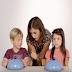Vídeo mostra reação de crianças ao ver um prato vazio, emocionante!