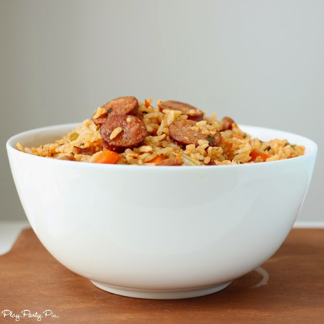 Easy cajun sausage jambalaya recipe from playpartypin.com