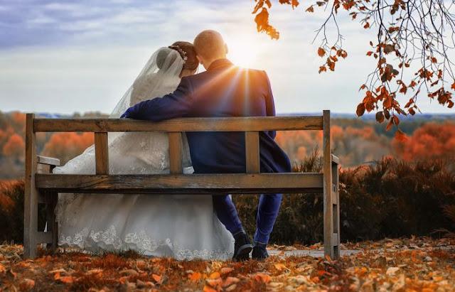 estranhas leis de casamento