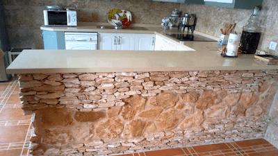 Barras desayunadora acabado piedra y marmol
