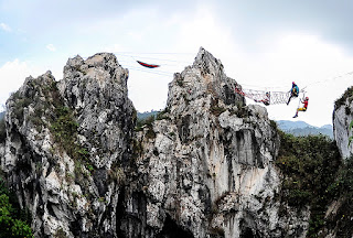 Tempat Wisata Bandung Gunung Hawu
