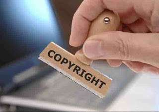 نشر مواد محفوظة الحقوق