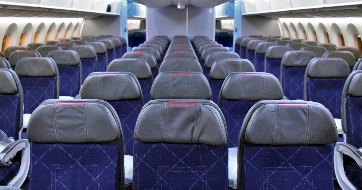 American Airlines Boeing 787-9 Dreamliner Economy Class
