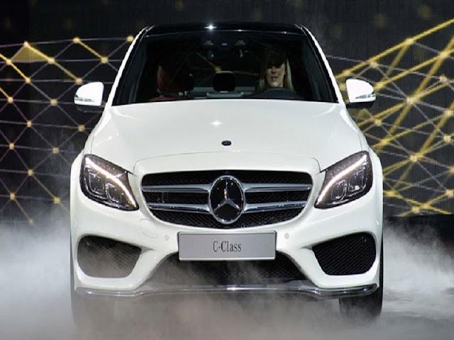 Hơn 3.200 xe sang Mercedes C-Class và GLK có lỗi kỹ thuật tại Việt Nam