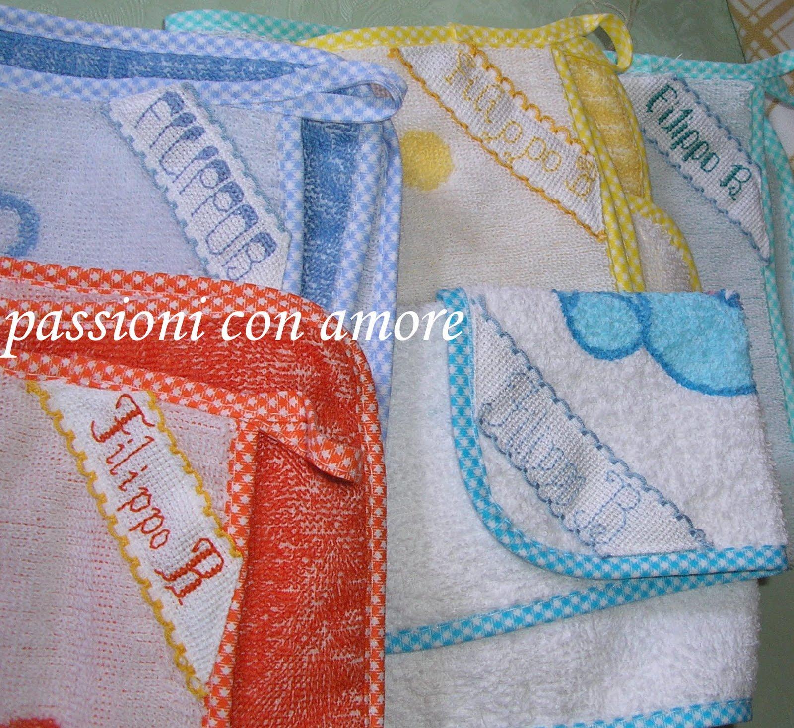 Asciugamani E Bavaglini Personalizzati.Passioni Con Amore Bavaglini E Asciugamani Personalizzati Con Il Nome