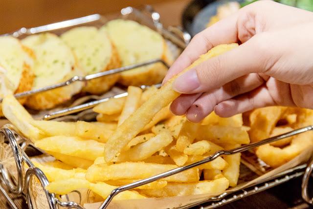 MG 5167 - 熱血採訪│高沐手作料理餐廳,佛心大份量真的不要隨便加飯加麵,吃到盤底也許還有意外的驚喜!