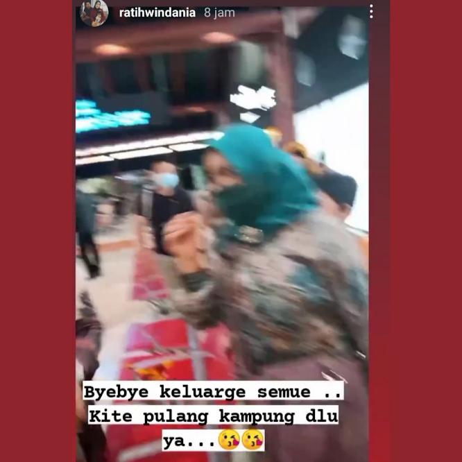 Instagram Ratih Windania Mendadak Viral saat Pamitan sebelum Naik Sriwijaya 182
