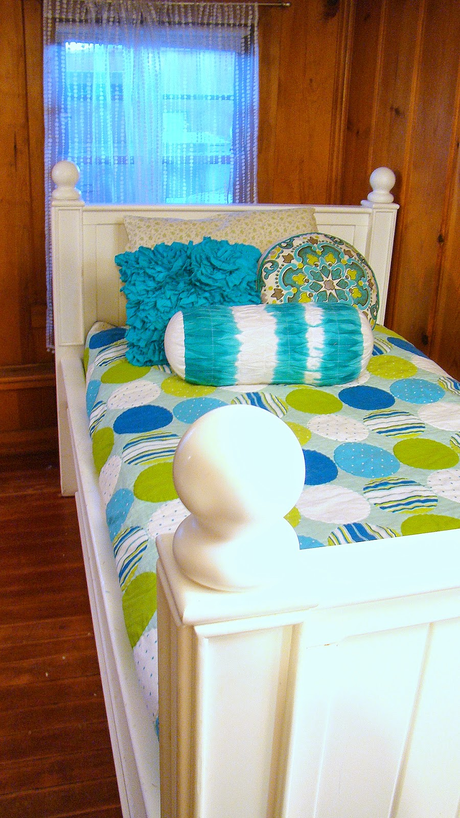 pottery barn trundle bed barnaclebutt