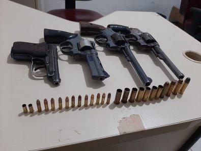 Gefron mata 4 bandidos em confronto numa mata em MT