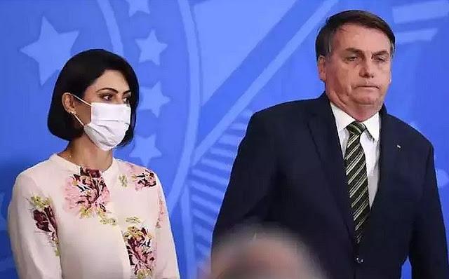 Colunista diz que casamento de Bolsonaro está em crise