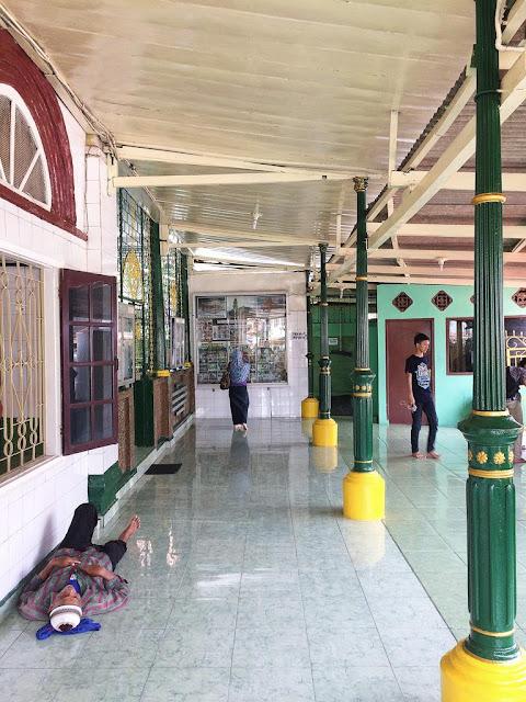 masjid besar al-mahmudiyah kota palembang