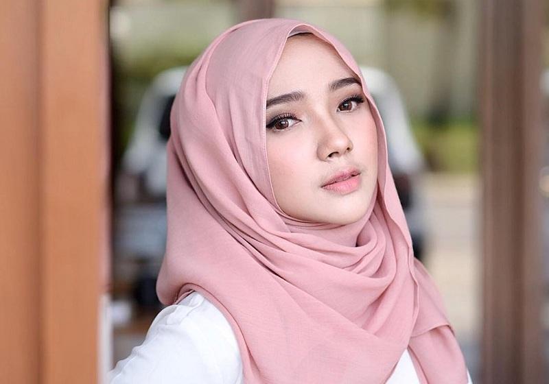 Tutorial Hijab Pashmina Cocok Untuk Kuliah