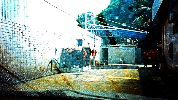 #AnalogDiary At The Car Wash, Olympus XA1 01