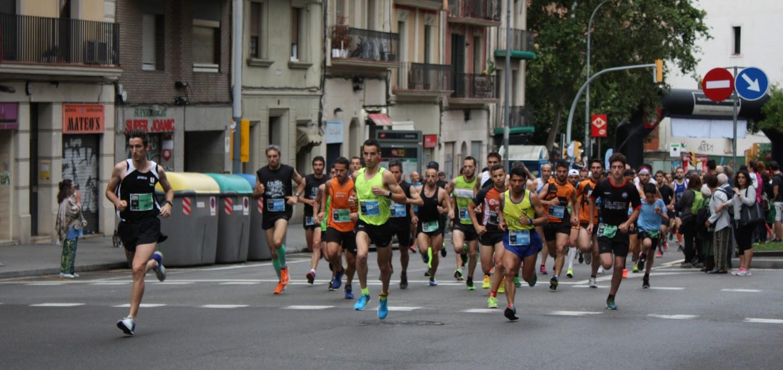 Carles Montllor y Francesca Sist vencen la Cursa Els 10 Blaus de Gràcia