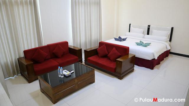 Penginapan Hotel Rose di Bangkalan